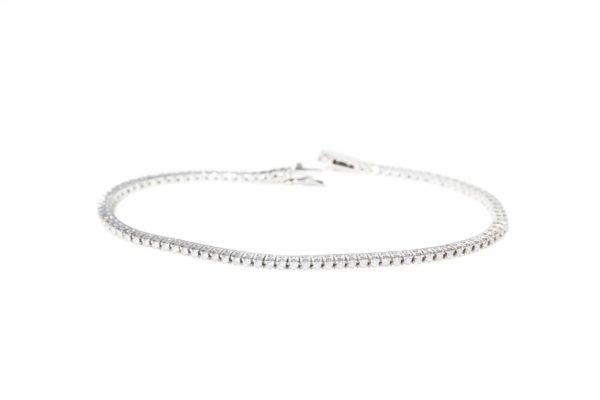Tennis diamond bracelets