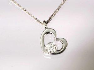 floating heart 2
