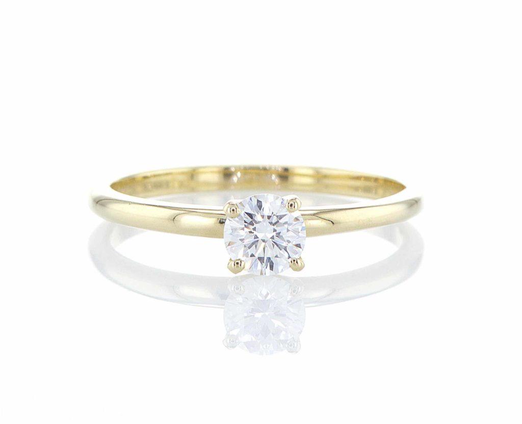 טבעת יהלום מעבדה חצי קראט